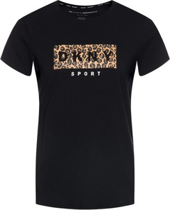 T-shirt Dkny Sport w młodzieżowym stylu