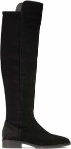 Czarne kozaki Clarks z płaską podeszwą w stylu casual na zamek