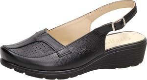 Sandały Suzana na platformie