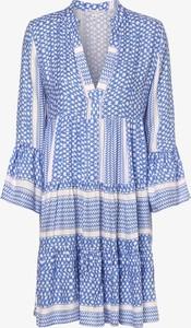 Niebieska sukienka Marie Lund