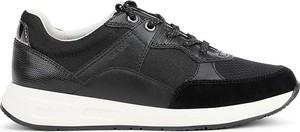 Czarne buty sportowe Geox ze skóry z płaską podeszwą