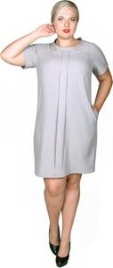 Sukienka Fokus z krótkim rękawem z lnu z okrągłym dekoltem