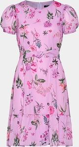 Różowa sukienka ORSAY trapezowa z okrągłym dekoltem