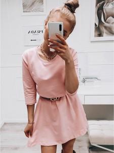 Różowa sukienka magmac.pl z dresówki mini