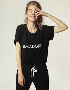 Czarny t-shirt Madnezz z dresówki z krótkim rękawem