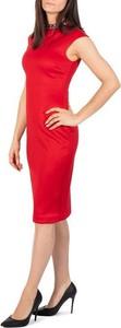 Czerwona sukienka Ted Baker midi bez rękawów dopasowana