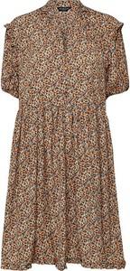 Sukienka Selected Femme w stylu casual z krótkim rękawem