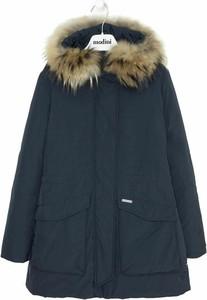 Granatowa kurtka dziecięca Woolrich z bawełny dla chłopców