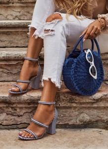 Niebieskie sandały DeeZee na obcasie
