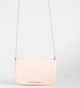 Różowa torebka Sinsay w stylu casual