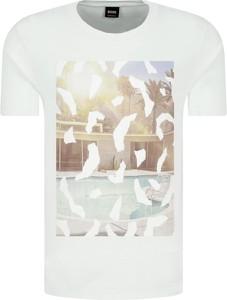 T-shirt BOSS Casual w stylu casual z krótkim rękawem