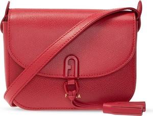 Czerwona torebka Furla matowa średnia ze skóry