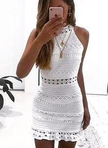 Sukienka Sandbella dopasowana mini