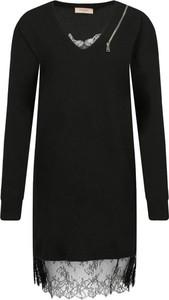 Czarna sukienka Twinset z dekoltem w kształcie litery v z wełny