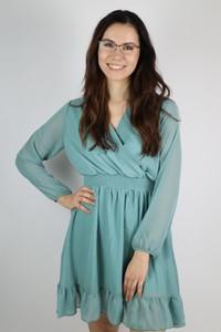 Niebieska sukienka Pretty Style z długim rękawem