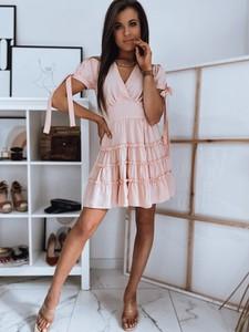 Różowa sukienka Dstreet z dekoltem w kształcie litery v