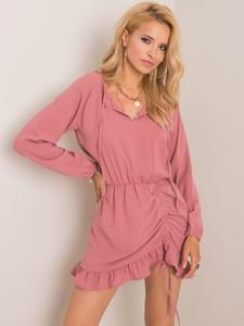 Różowa sukienka Sheandher.pl z długim rękawem mini z dekoltem w kształcie litery v