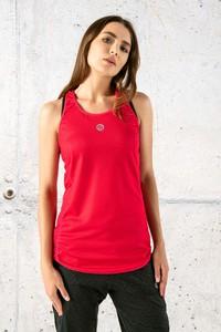 Czerwony top Nessi Sportswear z okrągłym dekoltem