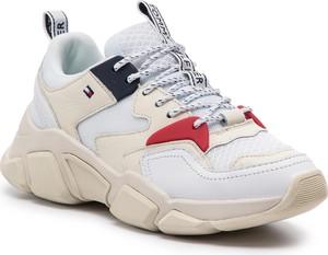 Sneakersy Tommy Hilfiger ze skóry w sportowym stylu