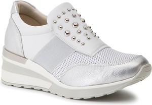 Sneakersy Quazi ze skóry na koturnie