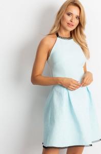 Niebieska sukienka Sheandher.pl z okrągłym dekoltem w stylu casual