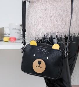 Czarna torebka madamrock.pl mała na ramię z aplikacjami