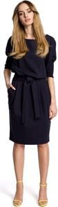 Sukienka MOE ołówkowa z okrągłym dekoltem midi
