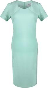 Miętowa sukienka Fokus z krótkim rękawem midi z okrągłym dekoltem