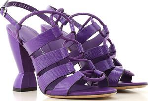 Fioletowe sandały Salvatore Ferragamo na obcasie