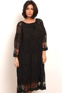 Czarna sukienka Plus Size Fashion z długim rękawem z okrągłym dekoltem