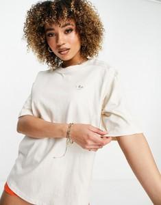 T-shirt Adidas Originals z okrągłym dekoltem w sportowym stylu