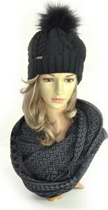 Czarna czapka Amaltea