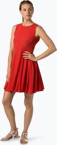 Czerwona sukienka Review z okrągłym dekoltem bez rękawów