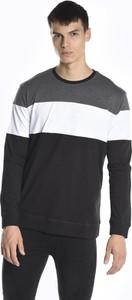 Czarna koszulka z długim rękawem Gate z bawełny