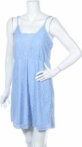 Niebieska sukienka NLY Blush na ramiączkach mini z okrągłym dekoltem