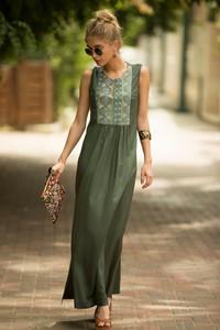 Zielona sukienka Ivet.pl maxi bez rękawów