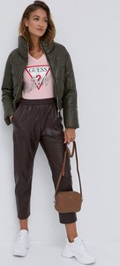 Różowa bluzka Guess z bawełny z okrągłym dekoltem w stylu casual