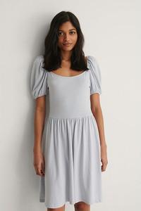 Sukienka NA-KD mini w stylu casual