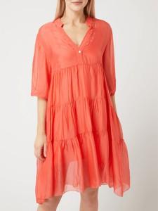 Różowa sukienka Freebird z dekoltem w kształcie litery v z jedwabiu