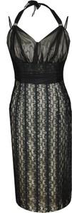 Czarna sukienka Fokus z dekoltem w kształcie litery v midi