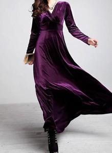 Fioletowa sukienka Cikelly z dekoltem w kształcie litery v z długim rękawem