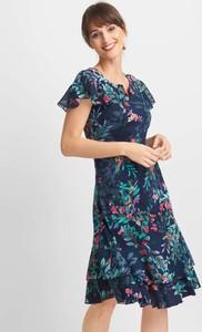 Niebieska sukienka QUIOSQUE w stylu casual z krótkim rękawem