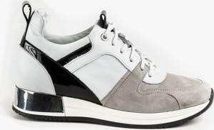 Buty sportowe Oleksy w sportowym stylu sznurowane