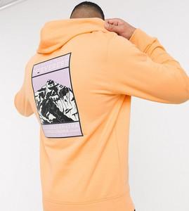 Pomarańczowa bluza The North Face z nadrukiem