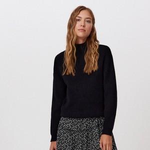 Czarny sweter Cropp z dzianiny w stylu casual