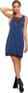 Niebieska sukienka MOE oversize