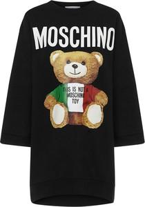 Czarna sukienka Moschino w stylu casual z bawełny z długim rękawem