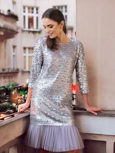 Sukienka POTIS & VERSO z okrągłym dekoltem z długim rękawem