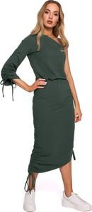 Zielona sukienka MOE z dekoltem w kształcie litery v w militarnym stylu z bawełny