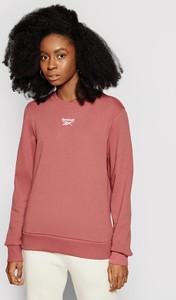 Różowa bluza Reebok w sportowym stylu